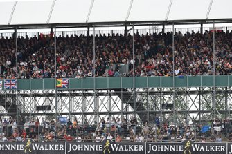 Huge crowds in support of Lewis Hamilton, Mercedes AMG F1