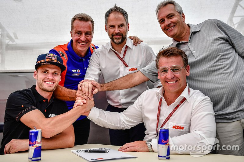 Brad Binder, Red Bull KTM Tech 3, Hervé Poncharal, Red Bull KTM Tech3 Team Manager, Pit Beirer, KTM Motorsport Director
