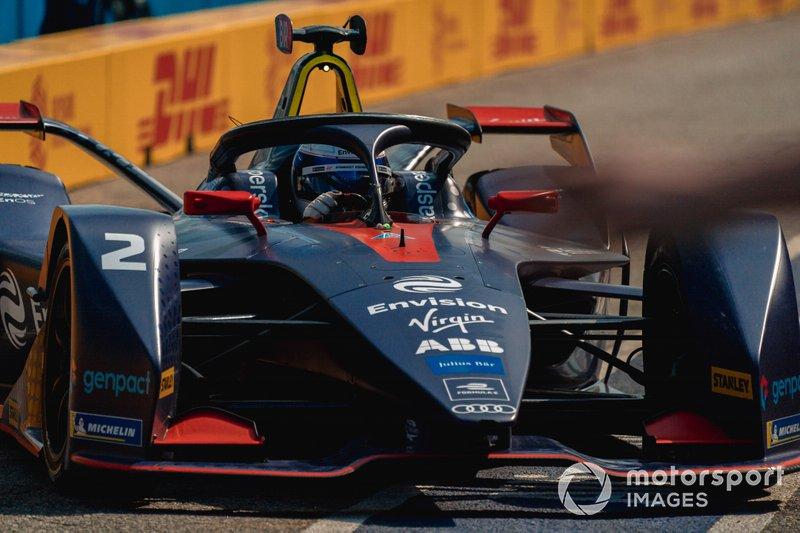 Sam Bird, Envision Virgin Racing, Audi e-tron FE05 in the pit lane