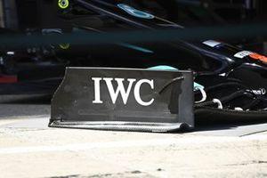 Mercedes W12 voorvleugel detail