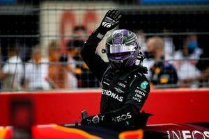 Lewis Hamilton, Mercedes, 1st position, waves in Parc Ferme