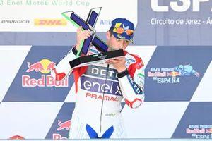 Podio: Ganador de la carrera Alessandro Zaccone, OCTO Pramac MotoE