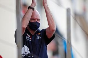 Adrian Newey, Chief Technical Officer, Red Bull Racing, sul podio