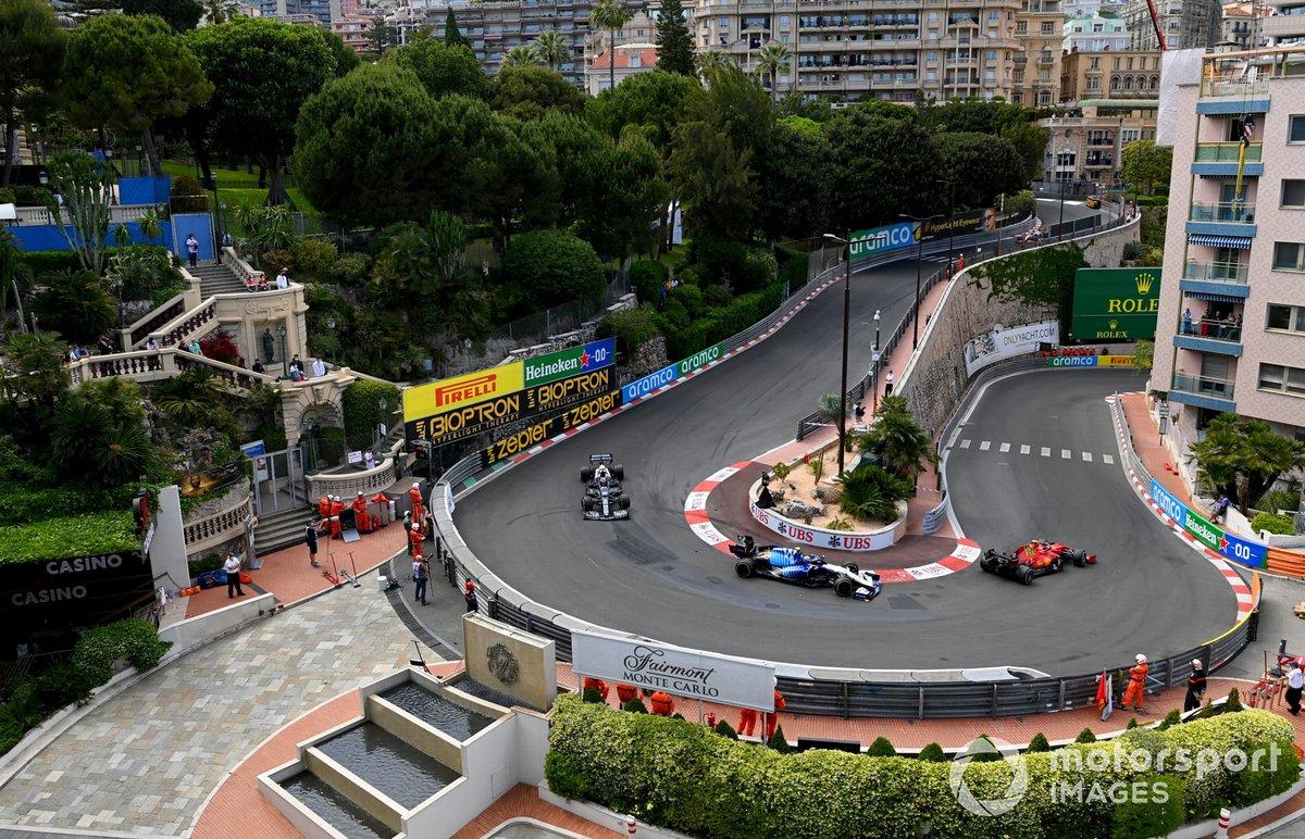 Carlos Sainz Jr., Ferrari SF21, Nicholas Latifi, Williams FW43B, Pierre Gasly, AlphaTauri AT02