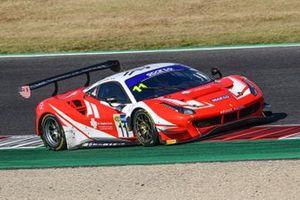 #11 Kessel Racing, Ferrari 488 GT3 Evo: Stephen Earle, David Perel, Niccolò Schirò
