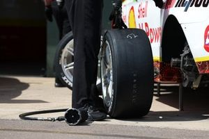 Dunlop Supercars control tyres