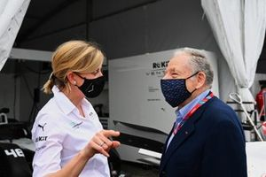 Susie Wolff, Team Principal, Venturi Racing, speaks with Jean Todt, President, FIA, in the pit lane