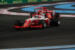 Olli Caldwell, Prema Racing, leads Dennis Hauger, Prema Racing