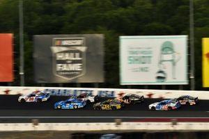 Renn-Action beim Coca-Cola 600 auf dem Charlotte Motor Speedway