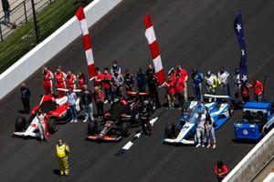 Will Power, Team Penske Chevrolet, Sage Karam, Dreyer & Reinbold Racing Chevrolet, Simona De Silvestro, Paretta Autosport Chevrolet