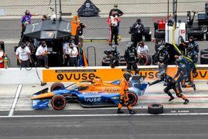 Felix Rosenqvist, Arrow McLaren SP Chevrolet, pit stop