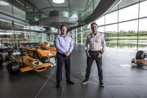 Zak Brown, McLaren Racing CEO e Alejandro Agag