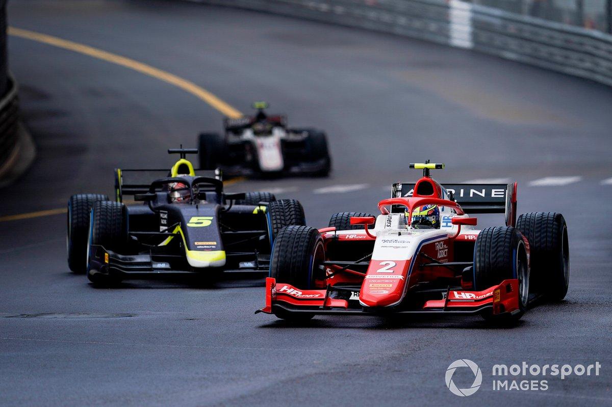 Oscar Piastri, Prema Racing, y Dan Ticktum, Carlin