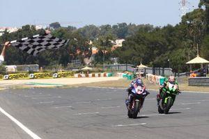 2. Toprak Razgatlioglu, PATA Yamaha WorldSBK Team, 3. Jonathan Rea, Kawasaki Racing Team WorldSBK