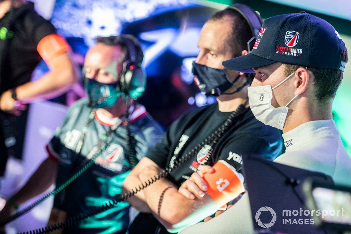 Timmy Hansen, Andretti United Extreme E, en el centro de comando