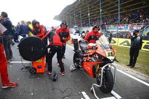 La moto di Alvaro Bautista, Aruba.it Racing-Ducati Team sulla griglia
