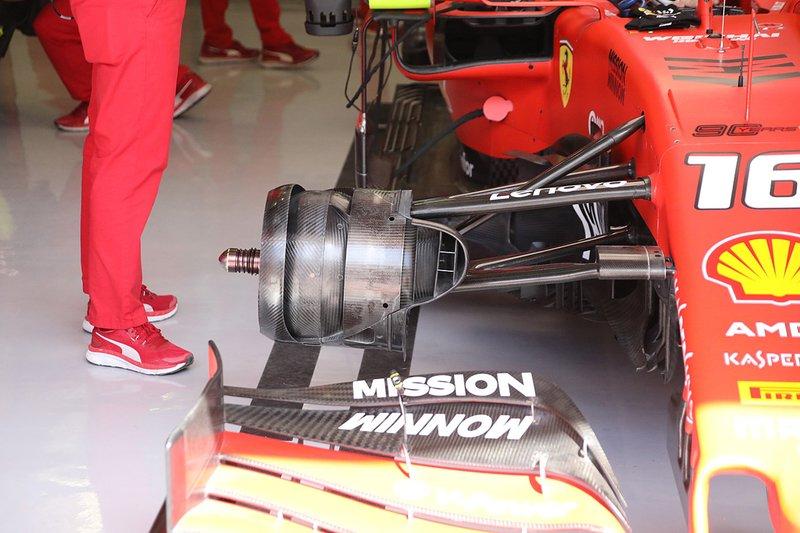 Sistema de freio dianteiro da Ferrari
