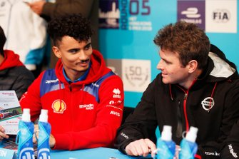 Pascal Wehrlein, Mahindra Racing, Oliver Rowland, Nissan e.Dams at the autograph session