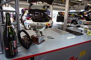 Podyum: 2. Jamie Whincup, Triple Eight Race Engineering Holden