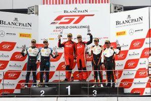 Race 1 podium GT3 Am Cup celebrations