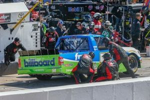 David Gilliland, DGR-Crosley, Toyota Tundra Fred's pit stop