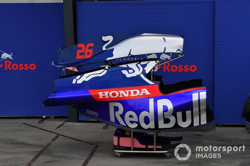Scuderia Toro Rosso STR14 bodywork in the paddock