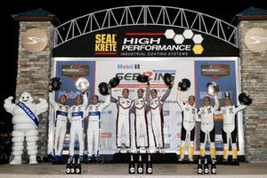 #66 Ford Chip Ganassi Racing Ford GT, GTLM: Joey Hand, Dirk Mueller, Sebastien Bourdais, #911 Porsche GT Team Porsche 911 RSR, GTLM: Patrick Pilet, Nick Tandy, Frederic Makowiecki, #3 Corvette Racing Corvette C7.R, GTLM: Jan Magnussen, Antonio Garcia, Mike Rockenfeller, podio