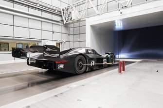 Volkswagen ID. R in the wind tunnel