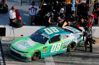Gray Gaulding, SS Green Light Racing, Chevrolet Camaro pit stop