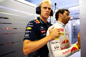Daniel Ricciardo, Red Bull Racing y su entrenador Stuart Smith