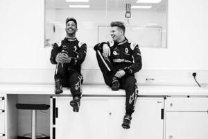 Daniel Ricciardo, Nico Hulkenberg, Renault F1 Team
