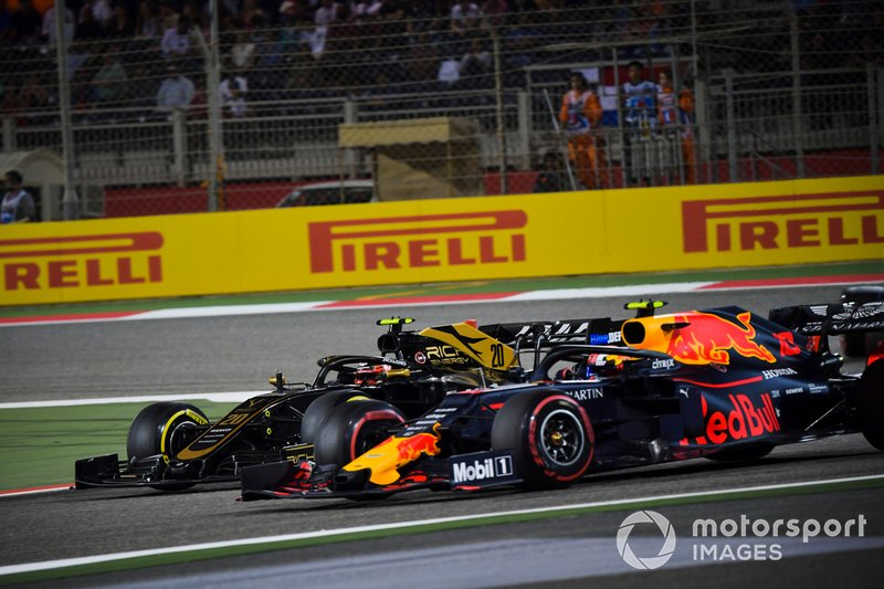 Kevin Magnussen, Haas F1 Team VF-19, Pierre Gasly, Red Bull Racing RB15