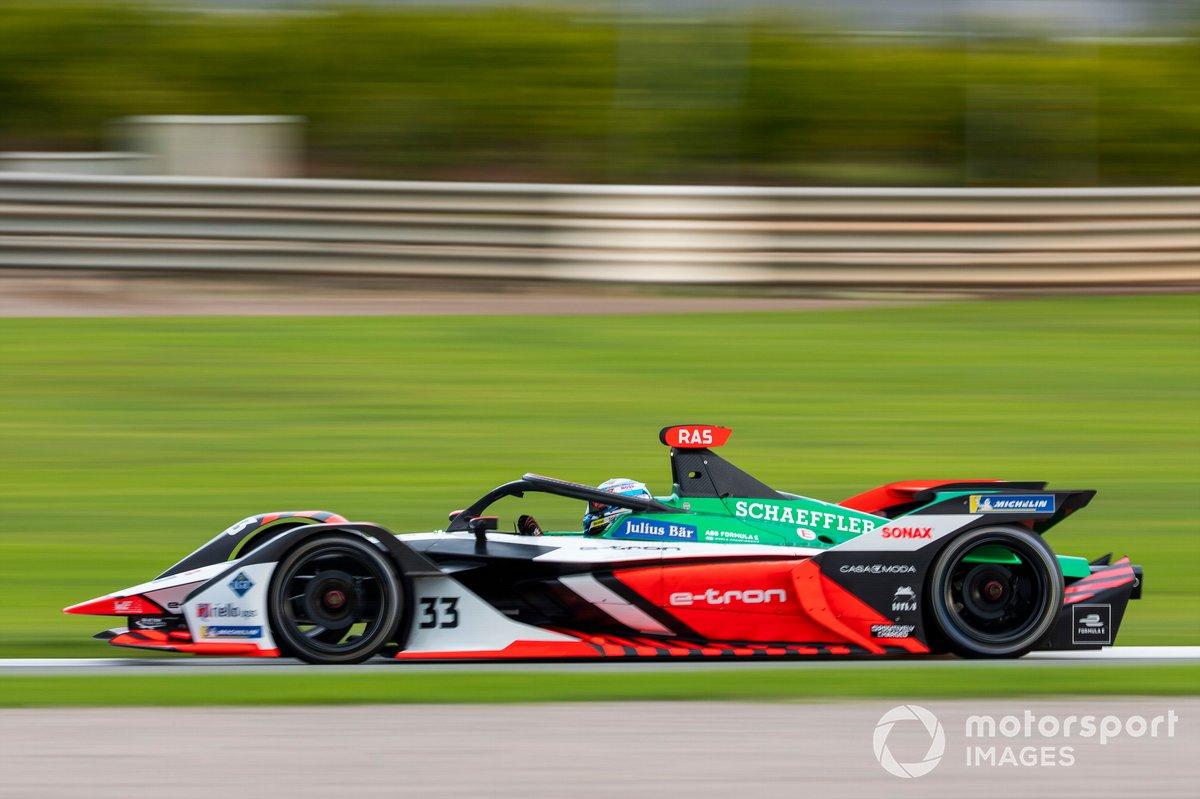 #33 - Rene Rast (Team: Abt-Audi, Antrieb: Audi)