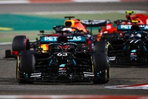 George Russell, Mercedes F1 W11, Valtteri Bottas, Mercedes F1 W11, Max Verstappen, Red Bull Racing RB16, and Charles Leclerc, Ferrari SF1000, at the start