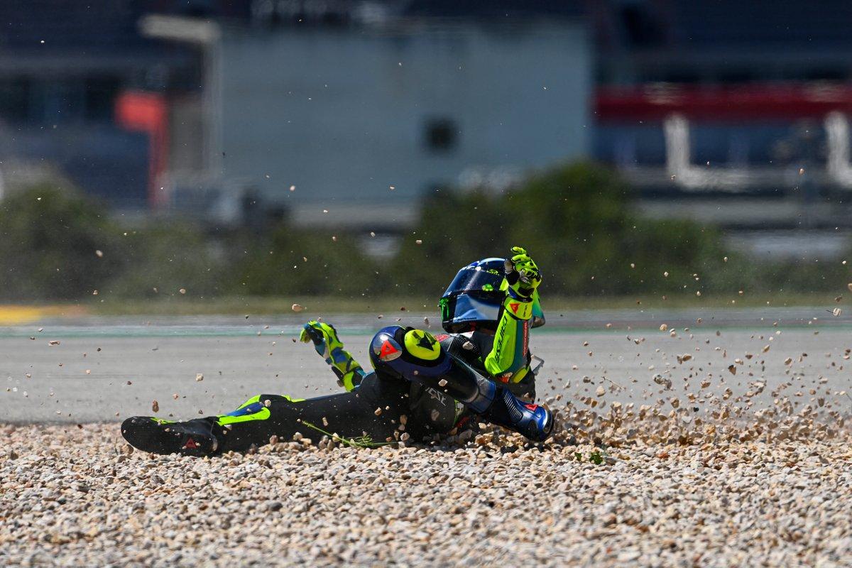 La caduta di Valentino Rossi, Petronas Yamaha SRT