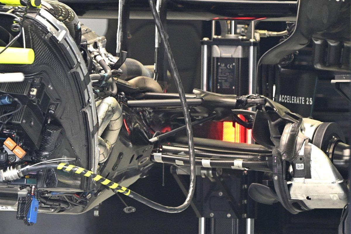 Mercedes W12 detail