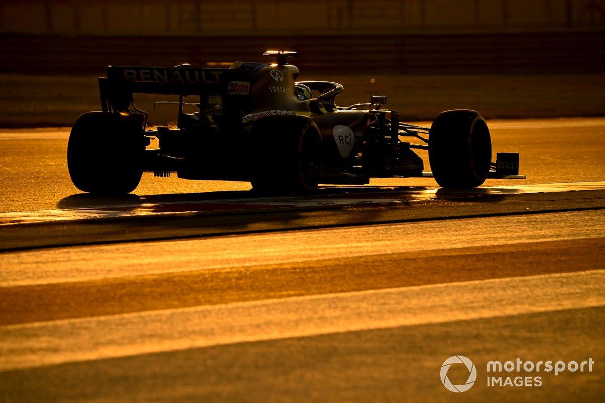 Guanyu Zhou, Renault F1 Team R.S.20