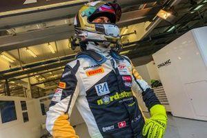#67 Dinamic Motorsport, Porsche 911 GT3R: Mauro Calamia