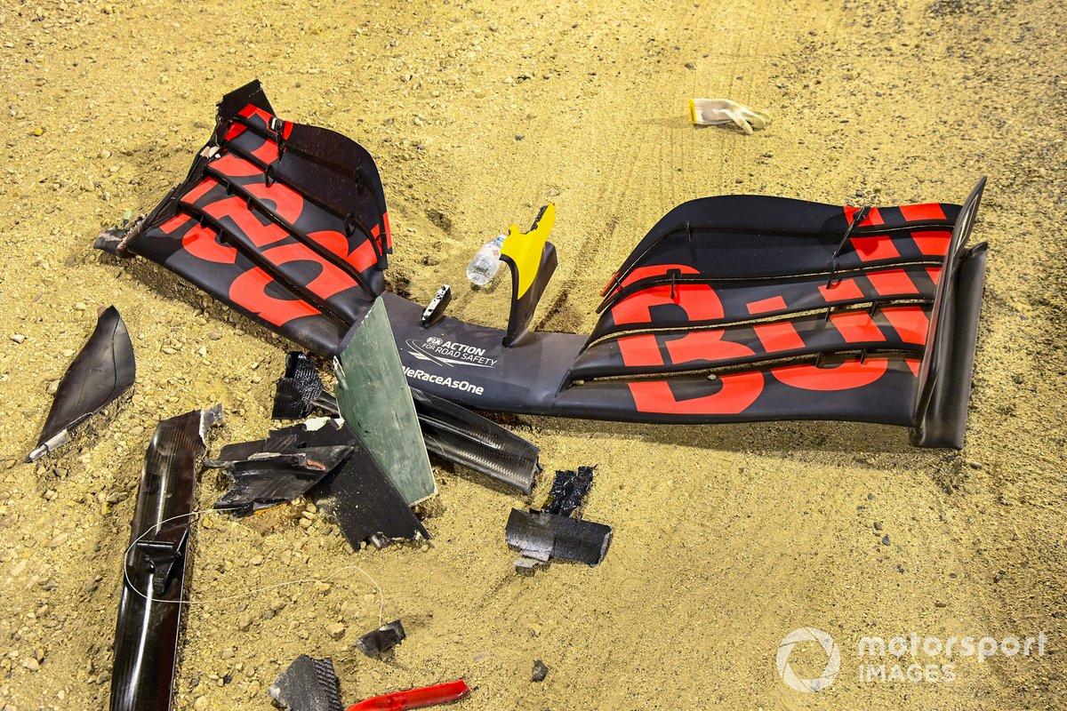L'Ala anteriore rotta di Alexander Albon