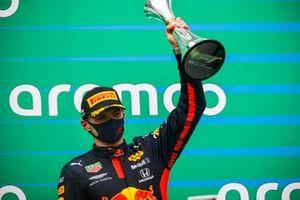 Max Verstappen, Red Bull Racing op het podium