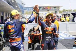 2. Tetsuta Nagashima, Red Bull KTM Ajo, 3. Jorge Martin, Red Bull KTM Ajo