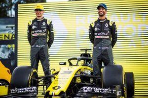 Esteban Ocon, Renault F1 Team and Daniel Ricciardo, Renault F1 Team