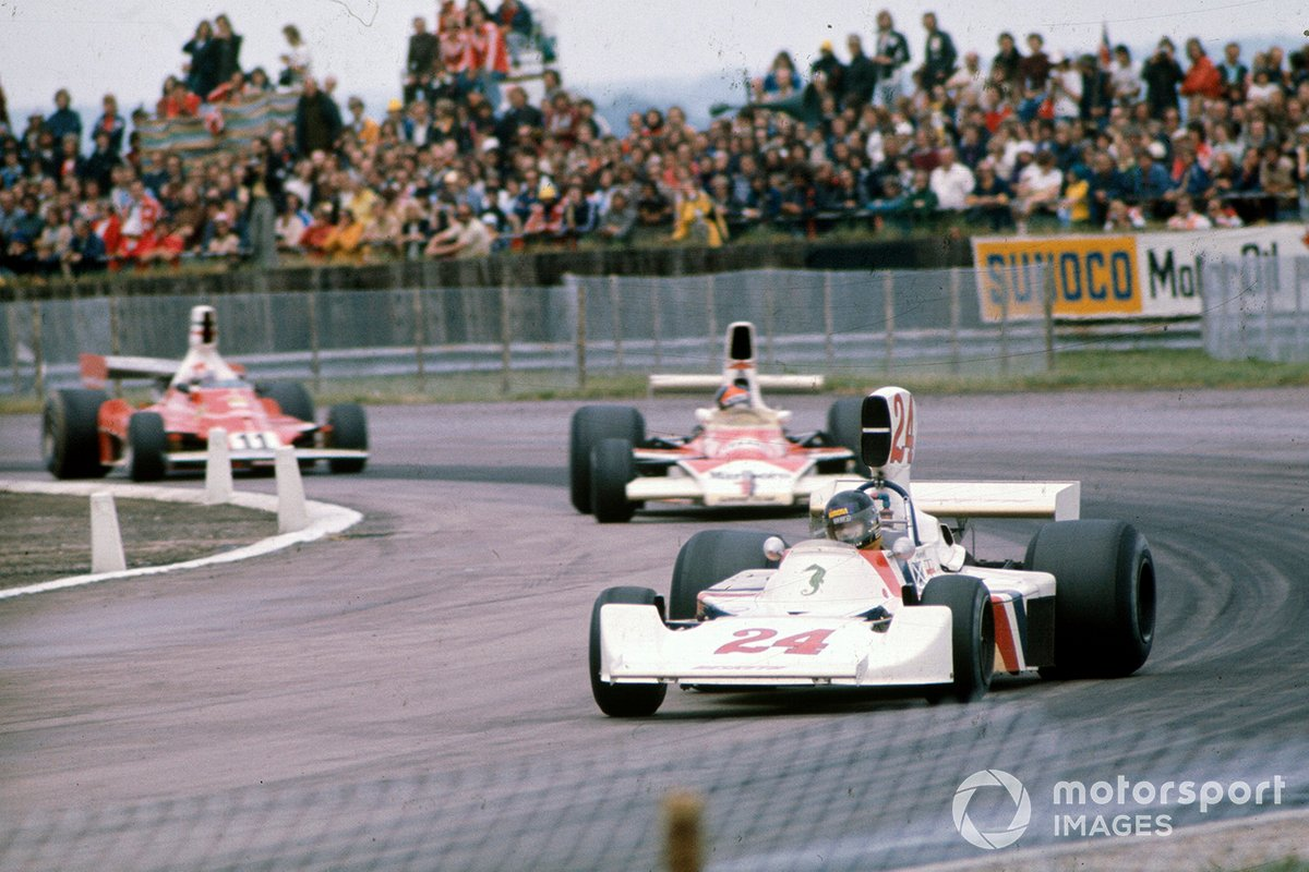 James Hunt, Hesketh Ford 308, Emerson Fittipaldi, McLaren M23, Clay Regazzoni, Ferrari 312T