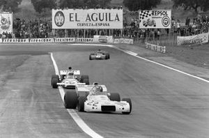 Wilson Fittipaldi, Brabham BT33 Ford, Peter Revson, McLaren M19A Ford y François Cevert, Tyrrell 002 Ford