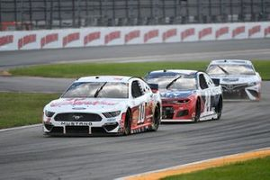 Aric Almirola, Stewart-Haas Racing, Ford Mustang Go Bowling, William Byron, Hendrick Motorsports, Chevrolet Camaro Liberty University