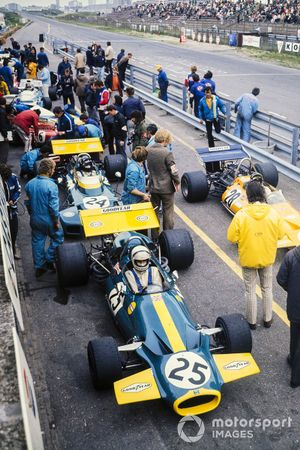 Tim Schenken, Brabham BT33 Ford, Peter Gethin, McLaren M14A Ford, Graham Hill, Brabham BT34 Ford, GP d'Olanda del 1971