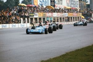 Chris Amon, Matra MS120B, Ronnie Peterson, March 711 Ford