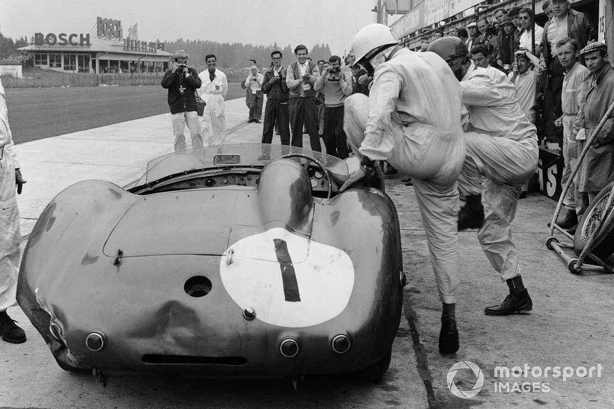3. 1000 kilómetros de Nurburgring 1959 (Aston Martin DBR1/300) - 1º