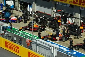 Oliver Caldwell, Trident, Liam Lawson, Hitech Grand Prix and Dennis Hauger, Hitech Grand Prix