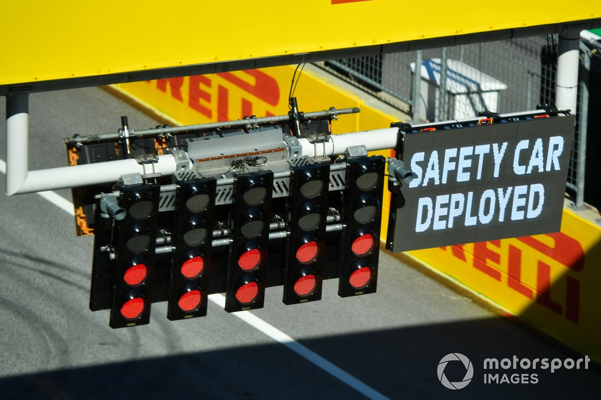 The start light gantry on the pit straight